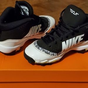 Boys baseball cleats Nike Force Trout 4